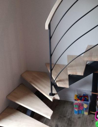 Escalier en métal à Mauléon, Cholet, Bressuire, Les Herbiers, Saint Gilles Croix de Vie, Les Sables d'Olonne, Nantes, Angers, Deux-Sèvres (79), Maine et Loire (49), Vendée (85) et Loire Atlantique (44) - SG Métal